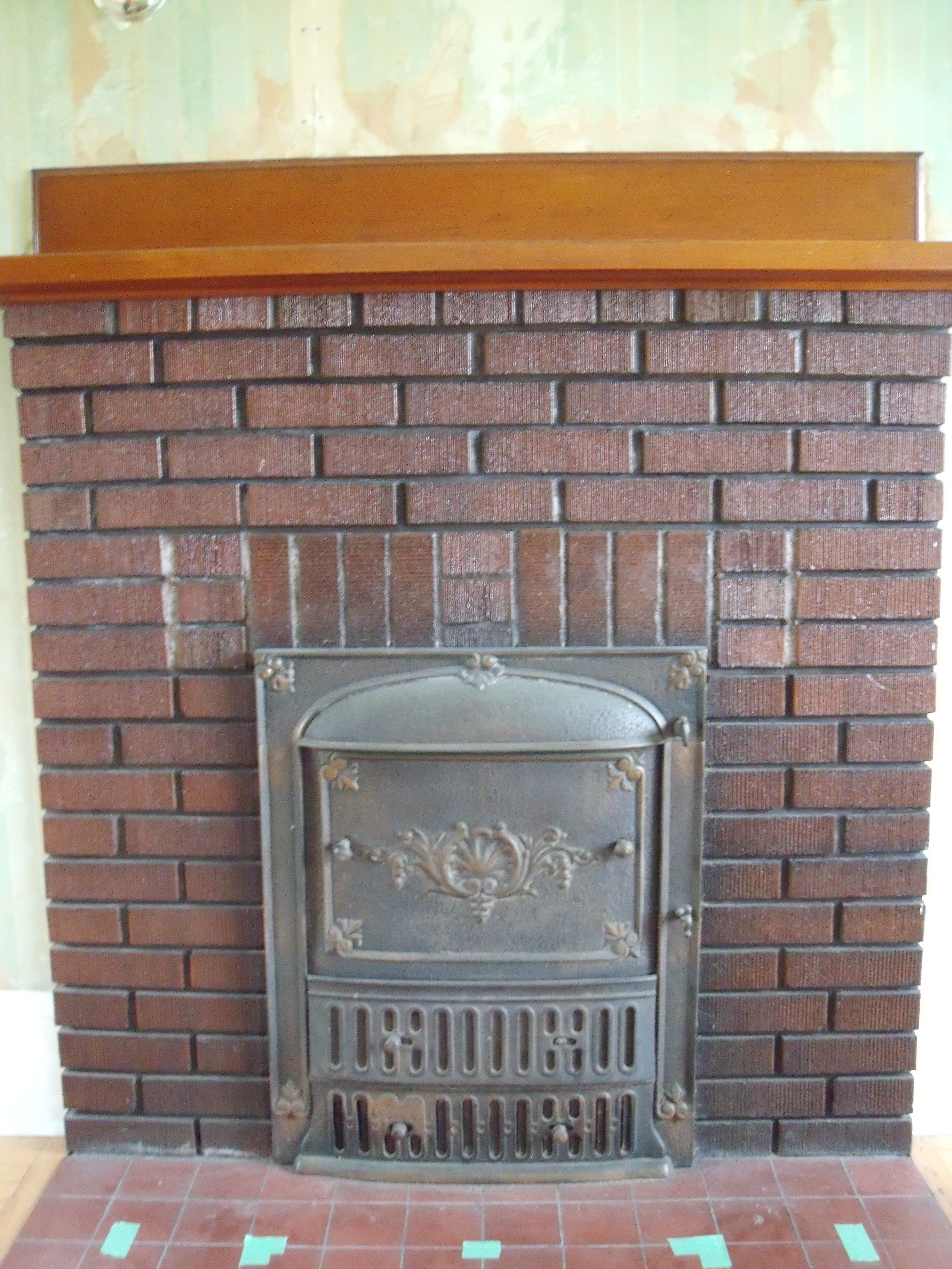 Coal Fireplace Insert | Horne's Point Homestead